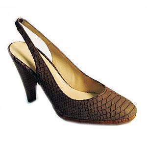 diseño de zapatos de salon de Pedro Miralles