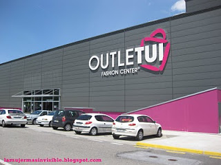 outlet fashion center Tui