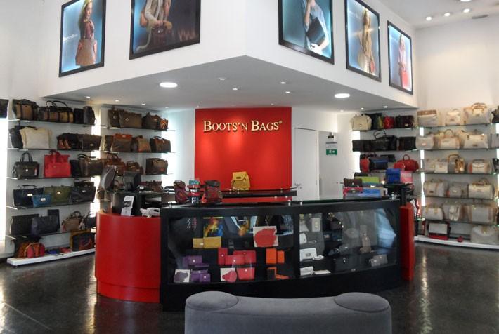 tiendas colombianas de boots 'n bags